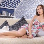 Istanbul escorts agency girl has allowed doing a close-up picture opening more of her skin