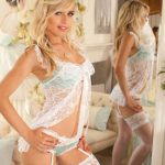 Escorts in Turkey gal allows us to see her from two sides through the usage of a mirror