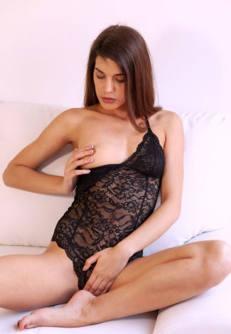 Sekssop lover covers her partial nudity with both hands – on a boob and above a pussy